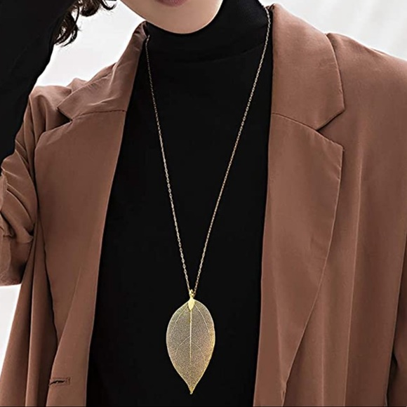 Jewelry - Brand New Metal Leaf Long Sweater Chain Necklace